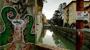 Scorcio lungo il canale Reno con il geocaching a Bologna